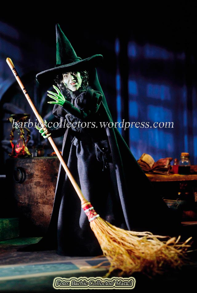 The Wizard of Oz™ Wicked Witch Porcelain #2- Ano:2000